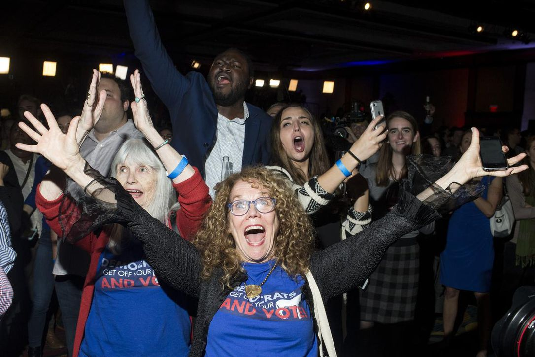 US midterm vote: Democrats win control of House of ...